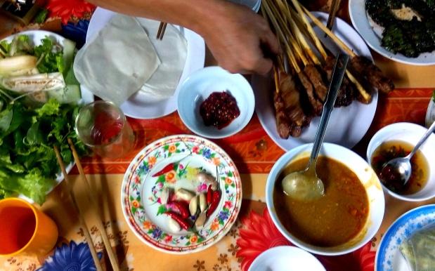 vietnamese food dinner mokita dreams