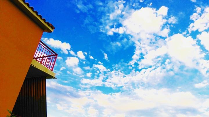 sky-mokita-dreams-building