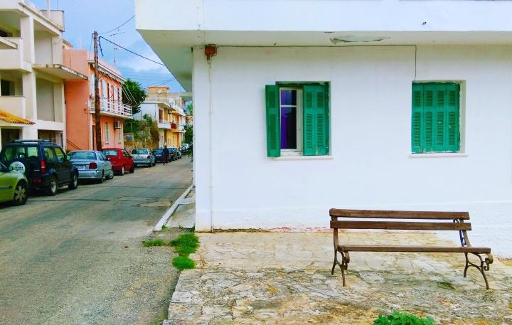 argostoli-white-house-narrow-streets