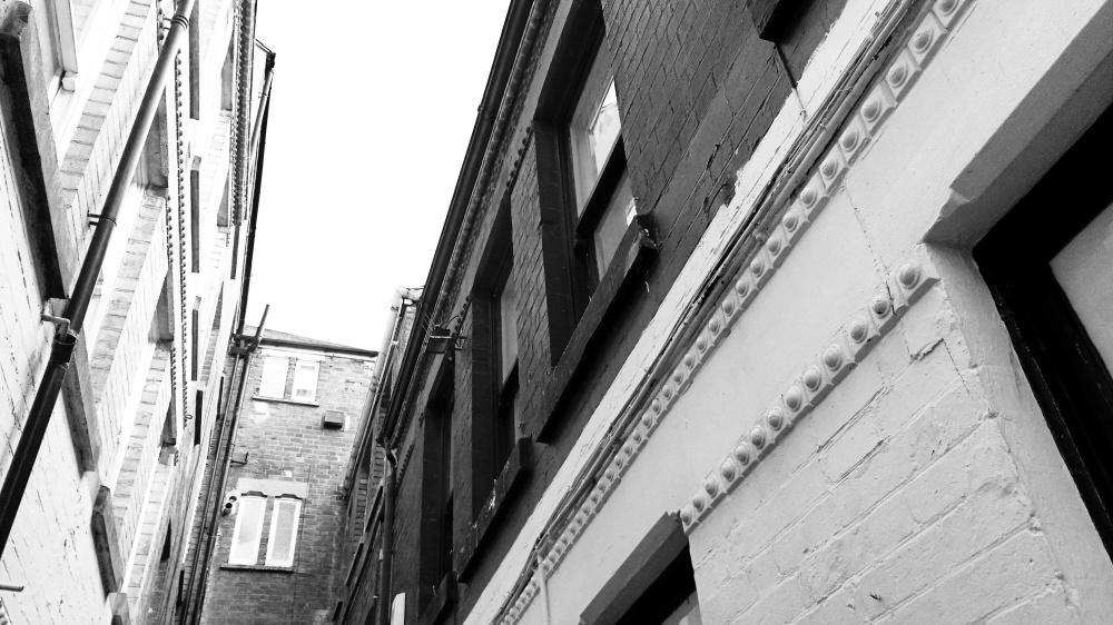 nottingham-city-corner-building