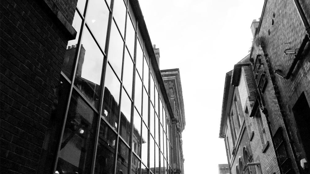 nottingham-glass-tall-building