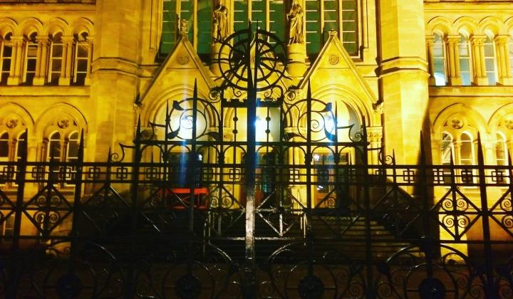 nottingham-trent-at-night