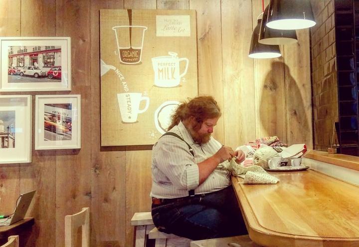 santa-claus-real-life-father-christmas-coffee-shop